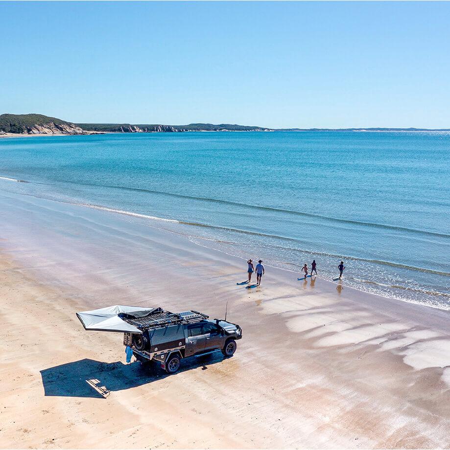 Oricom-TIAV-Beach@2x-80